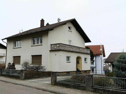 2 Familienhaus in Wiesloch-Baiertal mit Nebengebäude zu verkaufen Preis 440000,00 EUR