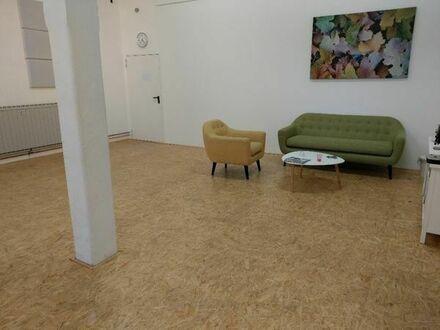 Schöner Studioraum zue Untermiete in Köln-Mühlheim