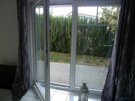 Somborn: Großzügiges Single-Apartment im 2FH