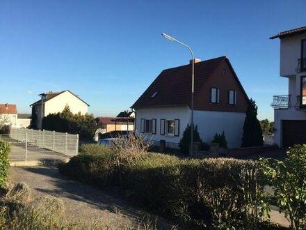 Einfamlienhaus feistehend Nähe Grünstadt, ruhige Südlage mit Garten, gute Verkehrsanbind. Wo,Ft,Lu.
