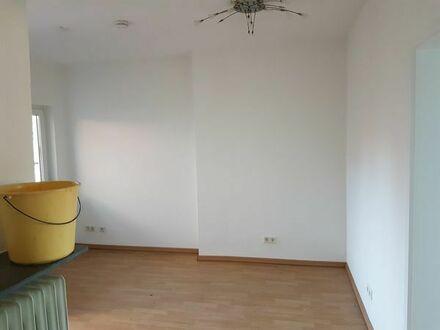 Helle und ruhige 2 ZKB Wohnung in NW-Gimmeldingen