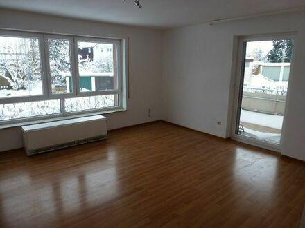 Lichtdurchflutete 4 Zimmerwohnung in ruhiger Aussichtslage auf dem Lindenhof