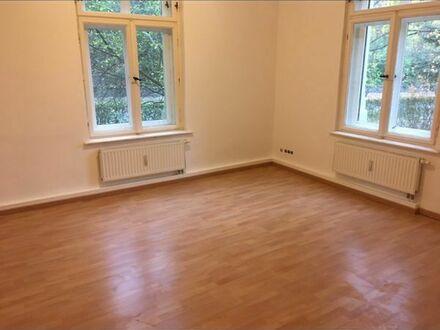 Sanierte 2 Zimmer Wohnung in Stadtvilla, Willkommensbonus