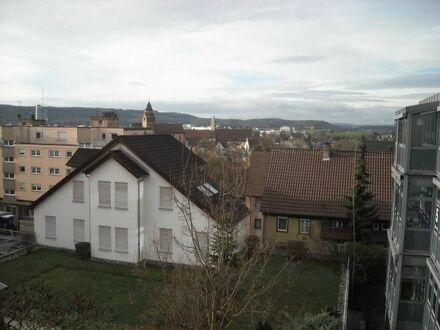 2-Zimmer-Wohnung, Dachgeschoss, Loggia in Leonberg