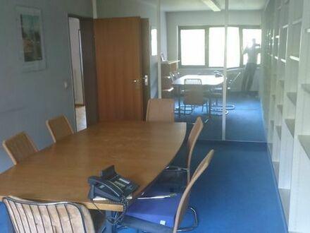 Möblierte Büroräume in einer Bürogemeinschaft