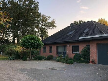 Dachgeschosswohnung mit Garten - Erstbezug nach Renovierung