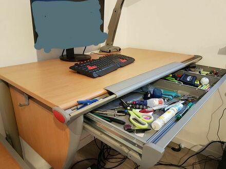 Büro Tisch mit Rollcontainer von MOLL fast gratis