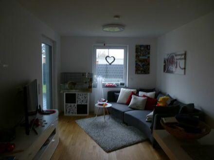 Exklusive 2-Zimmer Komfortwohnung, 62qm, Erdgeschoß mit Terrasse u. Garten -die kleine Komfort-Oase