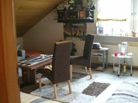 Gepflegte DG-Wohnung im 5-Parteienhaus in 59199 Bönen
