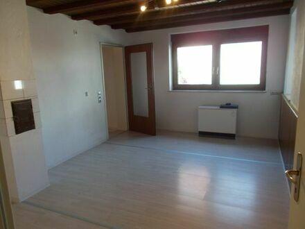 große, helle 2-3 ZKB Maisonett Wohnung, Terasse, Garage in Palmbach