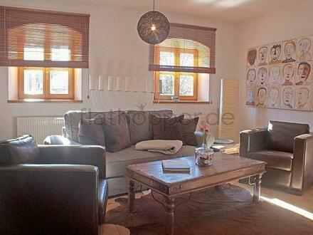 FLATHOPPER.de - Hochwertige 4-Zimmer-Wohnung im denkmalgeschützem Haus in Grassau bei Chiemsee