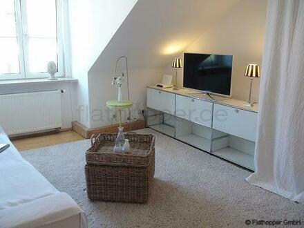 FLATHOPPER.de - Möblierte 3,5 Zimmer Wohnung in München - Glockenbachviertel