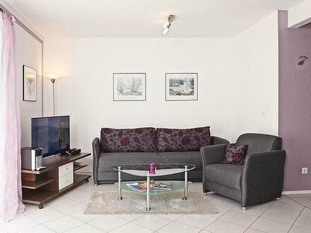 FLATHOPPER.de - Idyllisch gelegene 2-Zimmer Wohnung mit Terrasse und Garten sowie Parkplatz in Bad