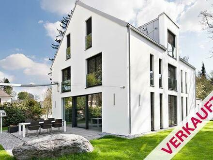 ***VERKAUFT*** Moderne Villa - Harlaching-Menterschwaige