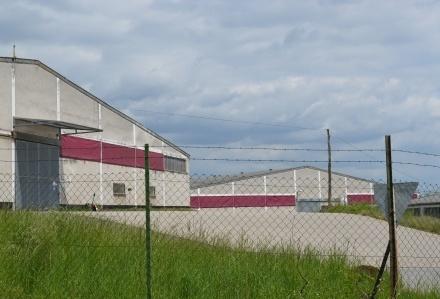 5 Gewerbehallen mit Freiflächen in Andernach/Eich, suchen neuen Eigentümer zur Projektentwicklung.