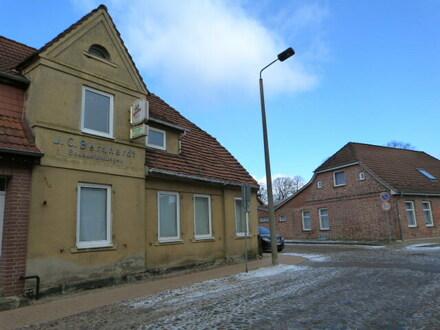 Sanierungsbedürftige Doppelhaushälfte