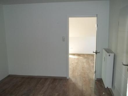 2 Zimmer Wohnung - Modern Renoviert