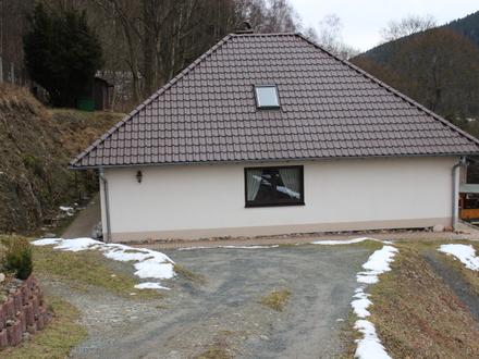 Hochwertiges Einfamilienhaus (Winkelbungalow) in herrlicher, ruhiger Lage, am Waldrand