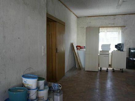 2 Häuser (kleines Doppelhaus) - sanierungsbedürftig