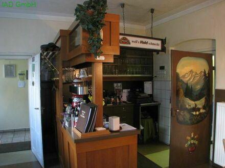 Gaststätte mit Wohnung und Biergarten
