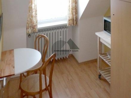 ZeitwohnKontor: Modern möblierte Wohnung Nähe Rüttenscheider Stern