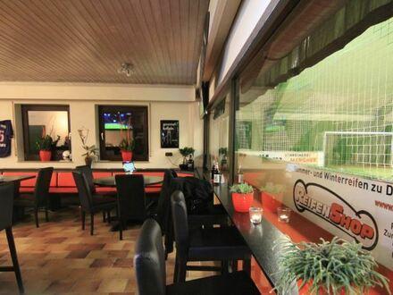Wieder Schwung in die müden Glieder | Soccer Halle mit Top Rendite