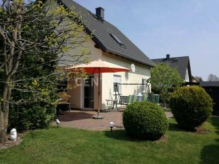 Renditeobjekt! Einfamilienhaus in Schwarzkollm zu verkaufen