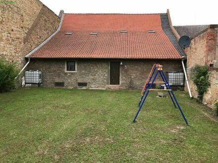 Voll erschlossenes Grundstück + Scheune