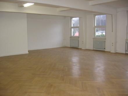 Büroräume von 20 - 110 qm; auch kombinierbar