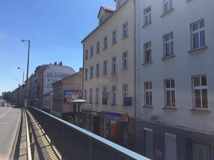 Wohn- und Geschäftshaus zum Verkauf in Berlin-Lichtenberg