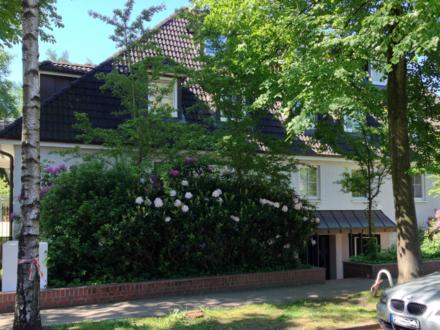 Traumhaftes Wohnen auf zwei Ebenen mit Kamin & Dachterrasse