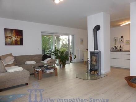 Helle moderne Luxuswohnung in herrlicher Stadtrandlage von Homburg