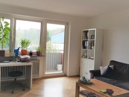 Hell - saniert - modern - mit EBK - Südbalkon - Fensterbad 2 Zimmer, Haidenhof Nord