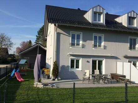 Moderne und Hochwertige Doppelhaushälfte - Platz für Familie und Homeoffice!