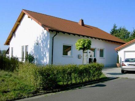 Modernes lichtdurchflutetes Einfamilienhaus in Homburg
