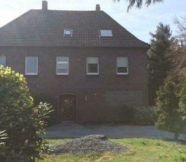 Haus in Recklinghausen mit 4351 m² Hinterlandbebauung zu verkaufen