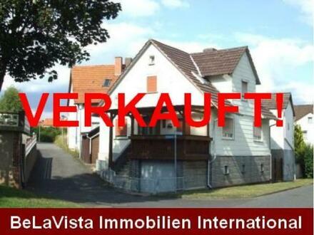 SONNIGES HAUS- MIT SEPARATEM GARTEN UND BLOCKHÜTTE !!