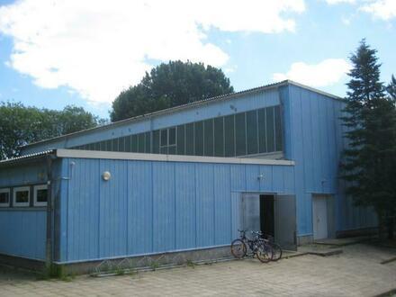 Ehemalige Turnhalle in Döbern zu verkaufen / vermieten