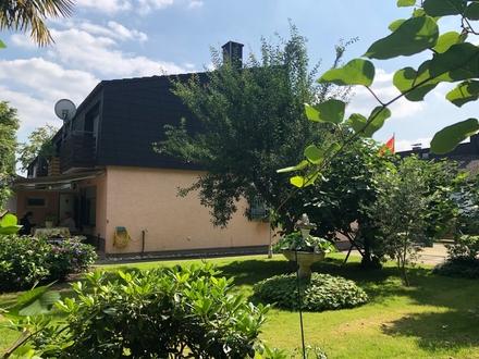 BONN BEUEL tolles Einfamilien-Reihenendhaus, ca. 104 m², 4 Zimmer, große Terrasse, ca. 585 m² GrSt.