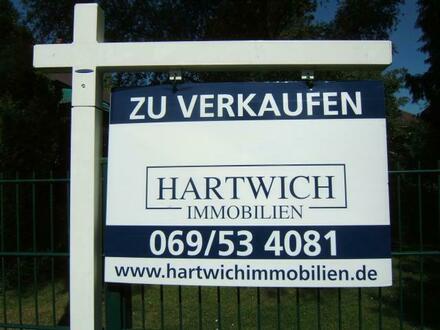 FRANKFURT - NAHE MIQUELLALLEE: ATTRAKTIVES WOHN-/GESCHÄFTSHAUS ZUM 20-FACHE DER JAHRESMIETE