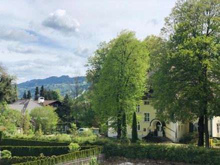 Unverbaubares Alpenpanorama - exklusiv und zentral - EG-Wohnung mit Südterrasse, Garten & Bergblick
