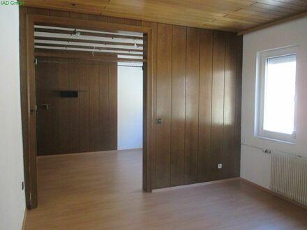 Gepflegtes, freistehendes Einfamilienhaus mit Garten in 782461 Albstadt-Tailfingen