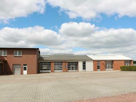 Die besondere Immobilie auf 8.000m² Grundstücksfläche!! Mit Hallen, Werkstatt, Büro und Verkaufsraum!