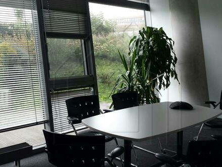 Moderne Büroflächen nahe Ostbahnhof an der Spree