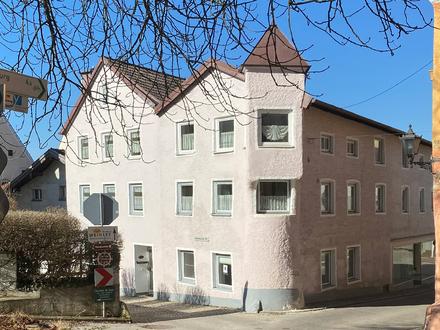 Altstadthaus - Wohn- und Geschäftshaus - mit mehreren Einheiten - in zentraler Lage von Kraiburg am Inn