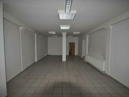 Büro-/ Verkaufsfläche in guter Lage mit viel Platz