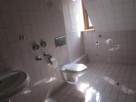 Gemütliche 2-Zimmer-Wohnung mitten in Burglengenfeld