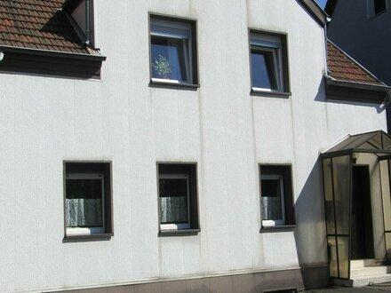 Vermietetes Zweifamilienhaus als Kapitalanlage