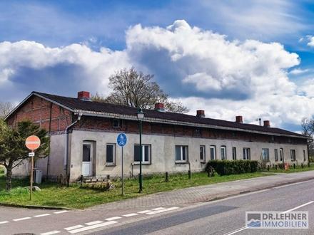 Dr. Lehner Immobilien NB- Ostseenähe- Mehrfamilienhaus mit 5WE zum Ausbau