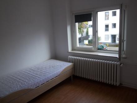 1 Zimmer mobliert ab 1.7.21 zu vermieten, nur für Studentinnen (auch FH Rheinbach/ Alfter), Pendlerin etc. , Warmmiete…